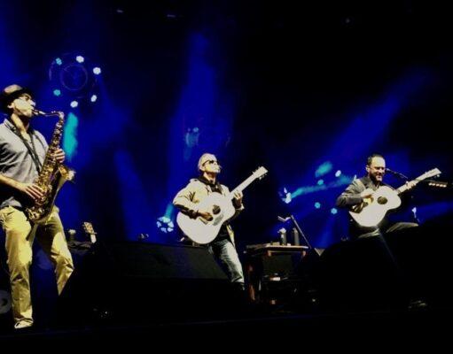 Ben Golder-Novick performs with Dave Matthews and Tim Reynolds