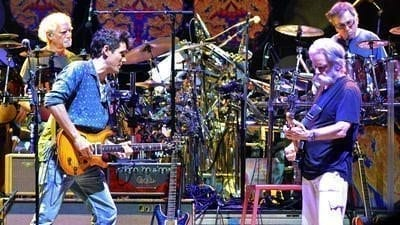 dead and company1