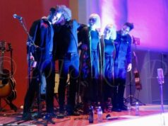 Lucius takes a bow at the First Unitarian Universalist Society of Burlington - photo by Kelly D